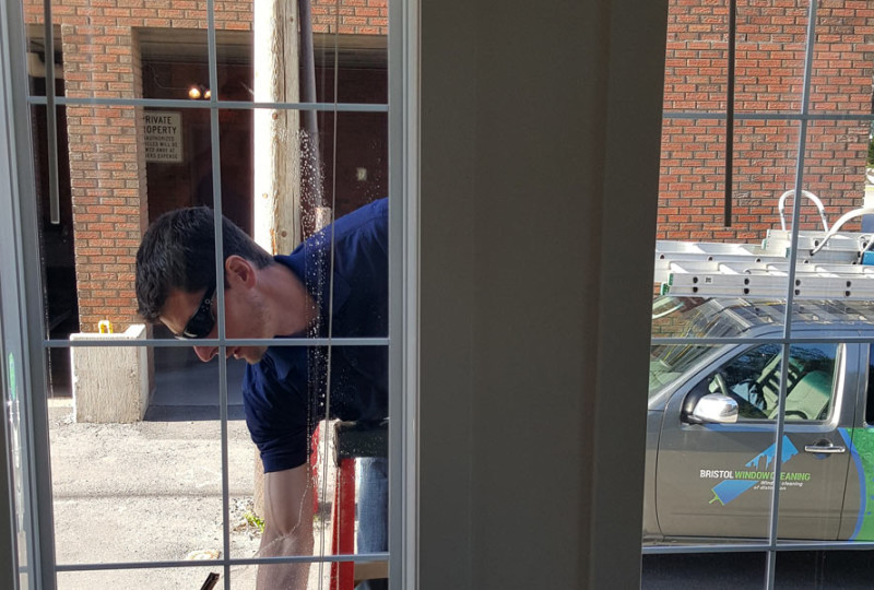 gallery-img-res-windowcleaning-5